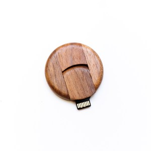 Pebble Wooden Flash Drive