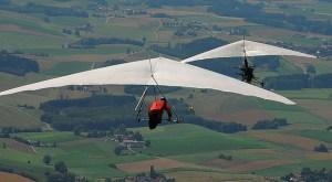 Hang_glider_aero_tow
