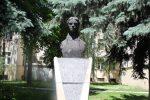 Храбрата Естреја - Маја Малиновска