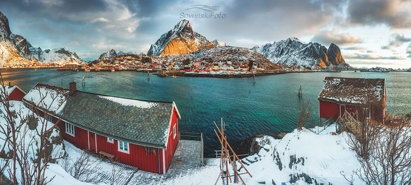 Lofoty zdjęcie Nad chatkami /Norwegia