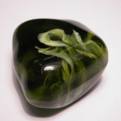 fantasievorm groen gemeleerd 26x27 mm
