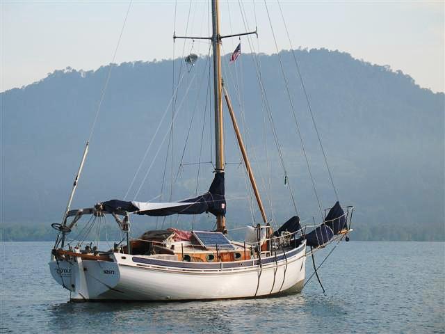 Dřevěný Pateke, Bristol Channel Cutter, sesterská loď Tailesinu L&L Pardeyových