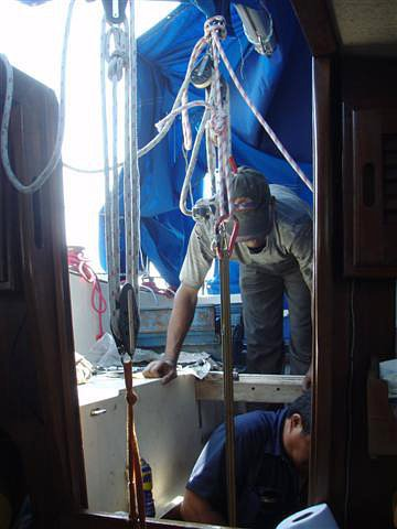 Bangladéšský pomocník našich mechaniků