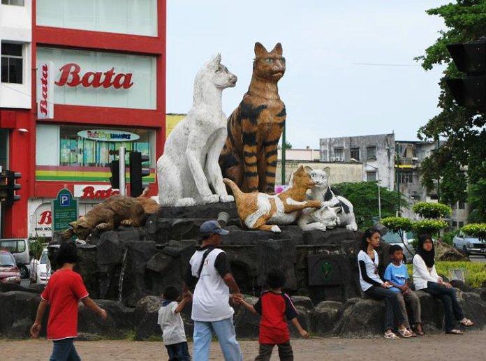 Kuching, nebo-li Město koček.