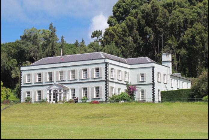 Plantation House, sídlo guvernéra.