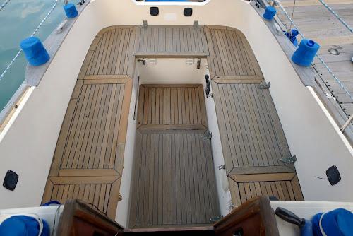 Náš staronový kokpit v plné kráse. Výsledek měsíční práce.