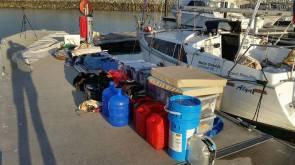 Zásoby, které se musejí do Alye vejít.