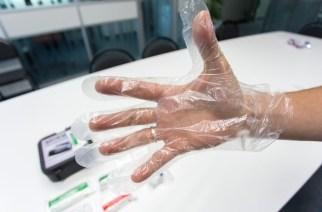 Помадой на лбу: врач дал необычные советы об остановке кровотечений