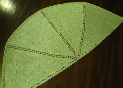 half circle shawl - green 1
