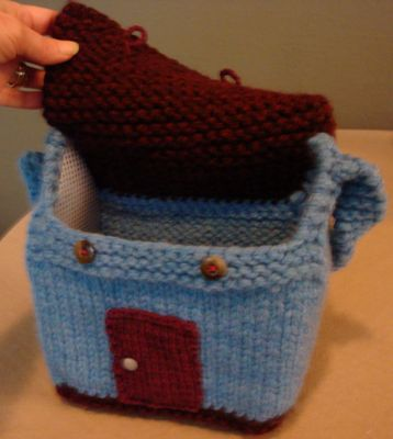knit dollhouse purse