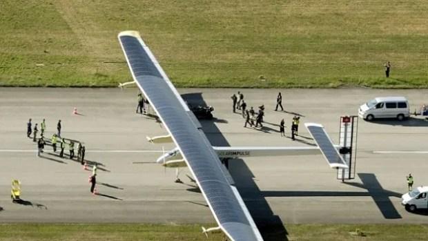 Solar impulse on the ground