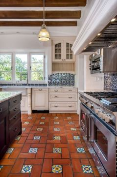 Mexican Tile Floor And Decor Ideas For Your Spanish Style Home   DIY     Mexican Tile Floor And Decor Ideas For Your Spanish Style Home