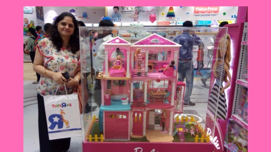 Toys r us store launch