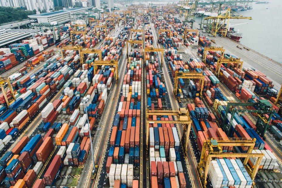 Avtomatizacija v logistični in prometni industriji