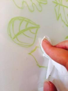 Můžeme upravovat papírovým kapesníčkem