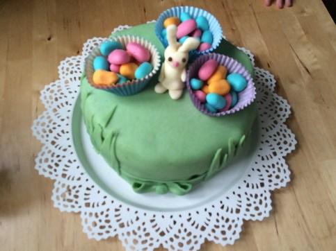 Velikonoční barevný dort