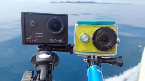Travel vlogger 2