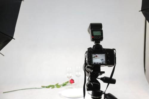 menata kamera