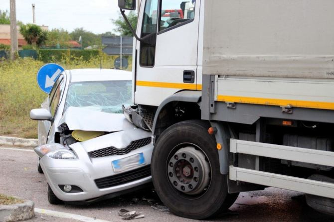 Cars and Semi-Trucks: What Happens in an Accident?