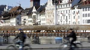 Bikes in front of the chapel bridge