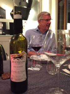 Danske Erik bor tidvis granne med en fransk vingård, och tar bara med sig det bästa hem.