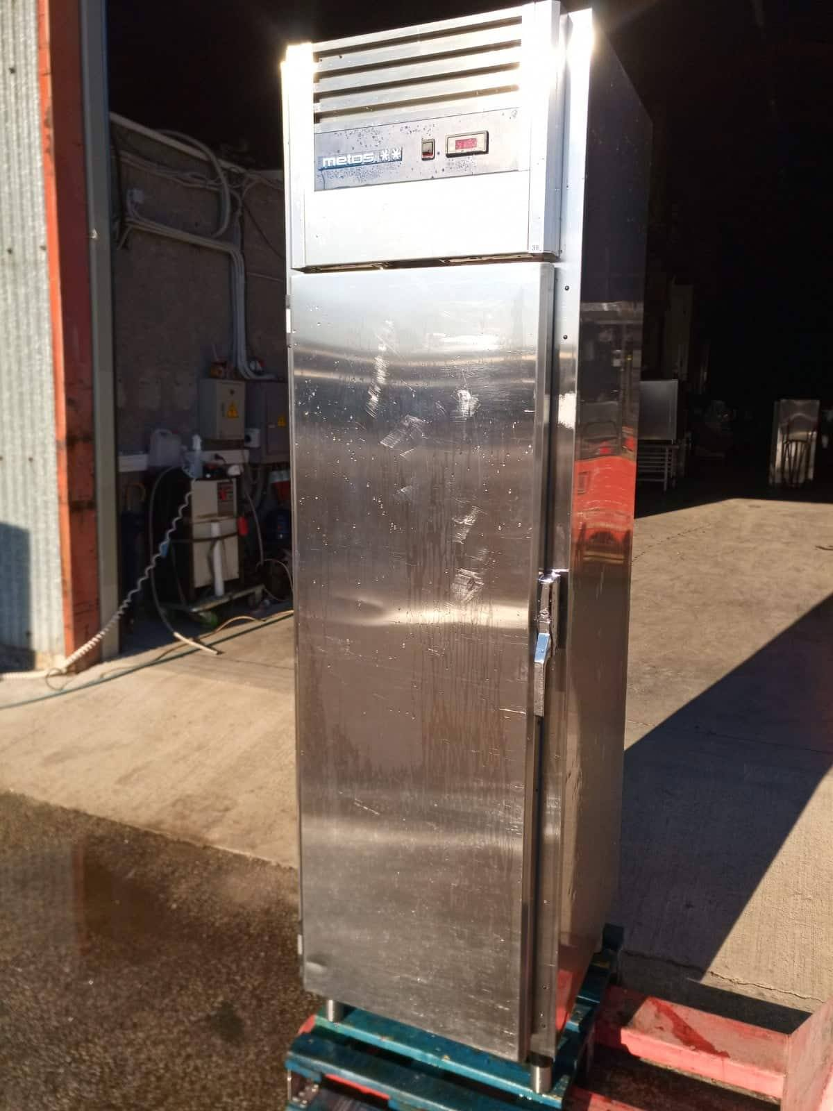 d47f696a13d RST külmik Metos F500 - Kreutz OÜ - Külmseadmed ja suurköögiseadmed