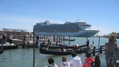 Kreuzfahrtschiffe Venedig