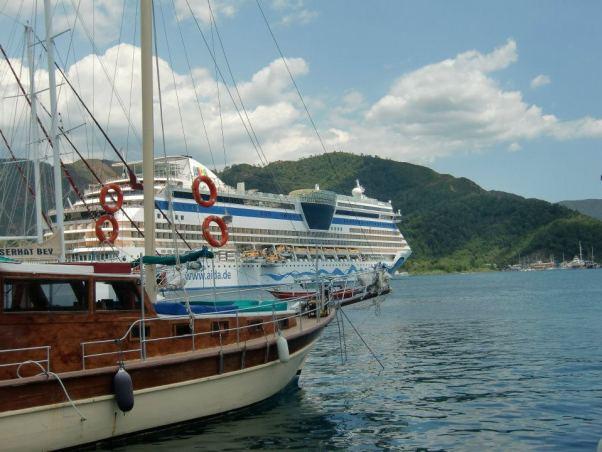 Auch 2015 hält AIDA Cruises viele Highlights für seine Gäste parat.