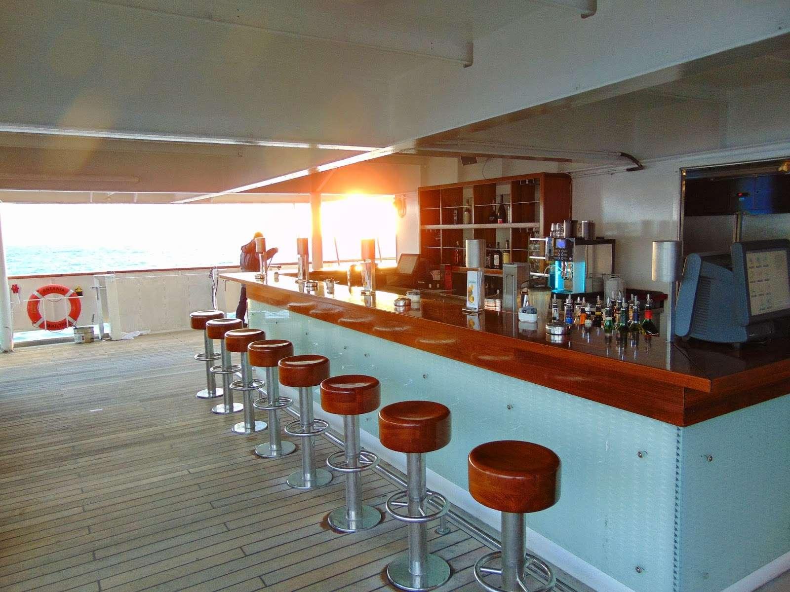 MS Artania 2.Teil – die Pazifik Lounge ist eine der schönsten Orte ...