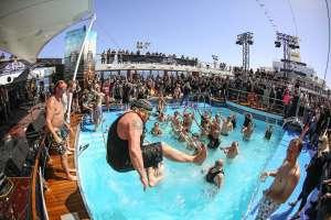 pool_full_metal_cruise