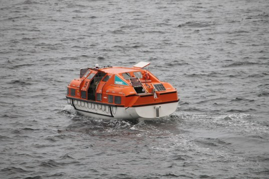 MS Amadea tenderboot