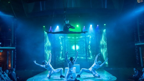 , Weltmeer-Showpremiere an Bord von AIDAluna