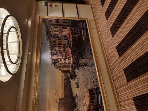 , Costa Venezia startet in die Welt