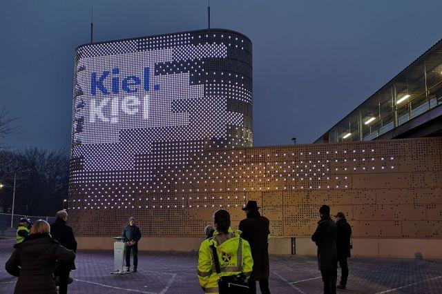 Landstrom Hafen Kiel