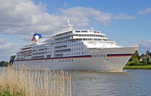 HL Cruises Führungswechsel