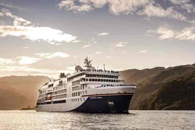 HL Cruises Neustart