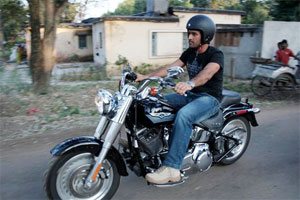 dhoni-bike