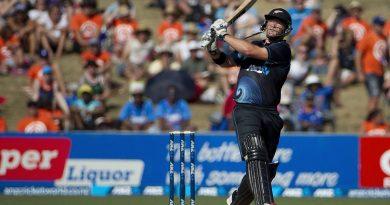 Corey Anderson Cricket Match Ind Vs NZ