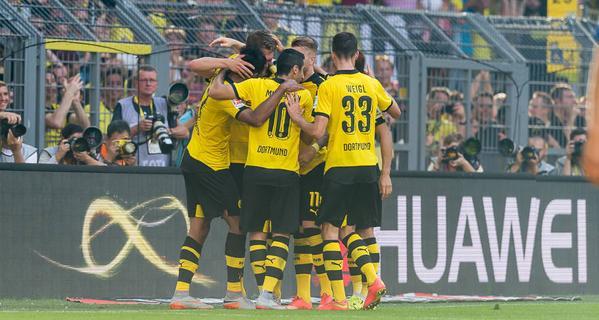 Borussia Dortmund beat Werder Bremen