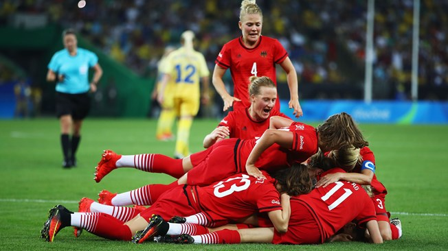 women football gold rio2016