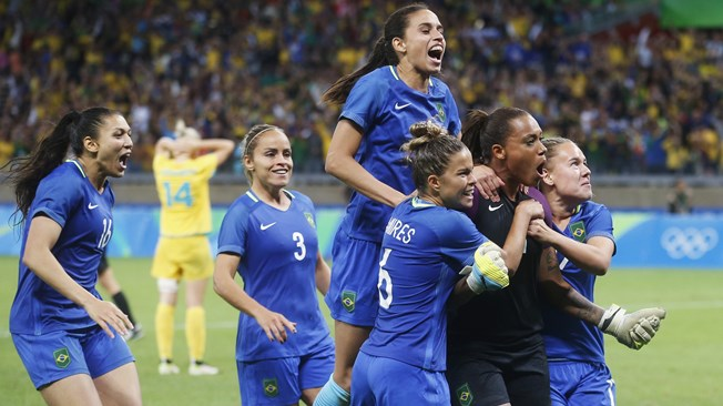 n into SF with Shocking Win Over USA