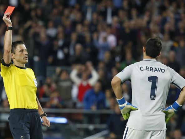 goalkeeper Claudio Bravo