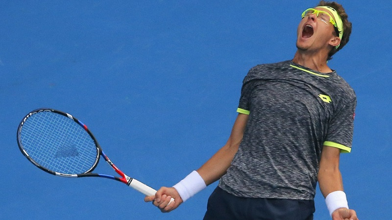 Sensational Istomin Shocks Djokovic in 2nd Round on Fourth Day of 2017 Australian Open