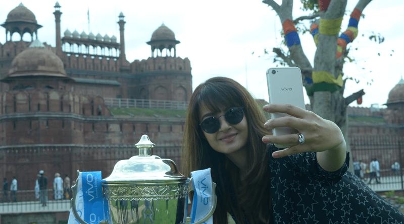 Delhi revels in the VIVOIPL 2017 trophy