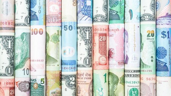 -fs-currency-roll-2018.xl.jpg