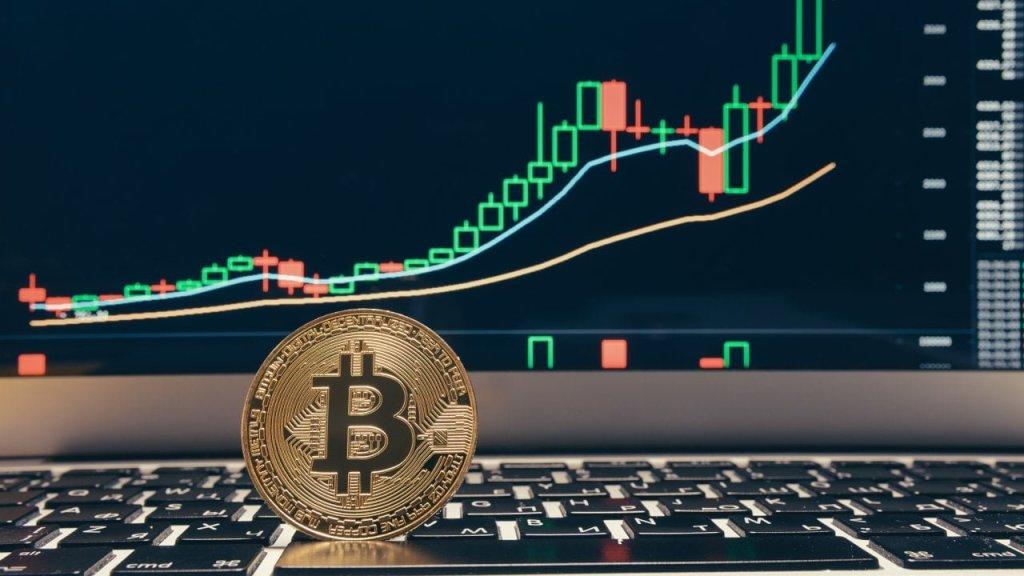 Bitcoin'de Bu Gelişme Son Yaşandığında 3.100 Dolardan 14.000 Dolara Ralli Başlamıştı