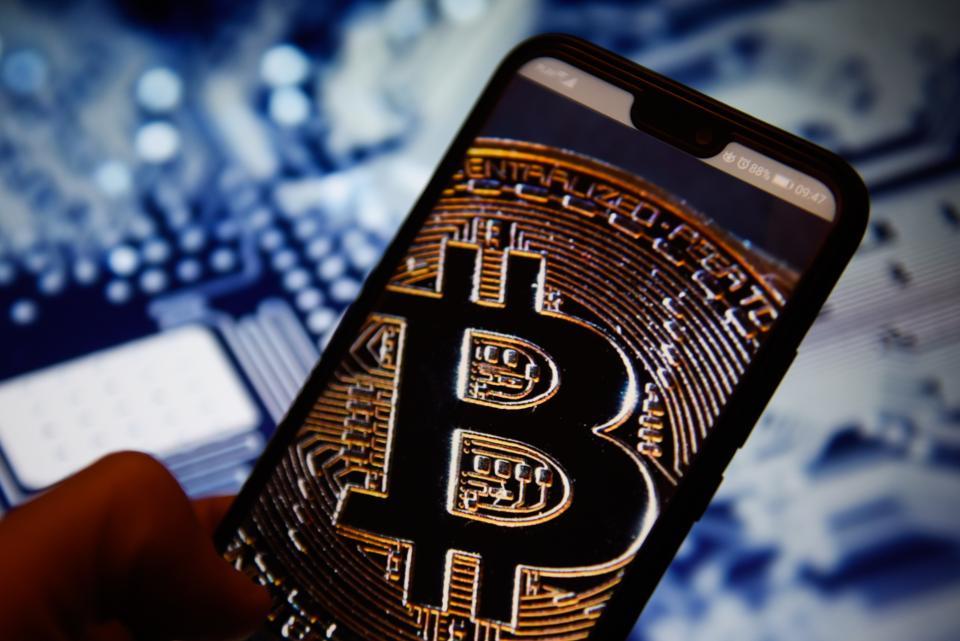 Bu Borsada Bitcoin 9.000 Dolara Düştü: BTC İçin Ne Anlama Geliyor?