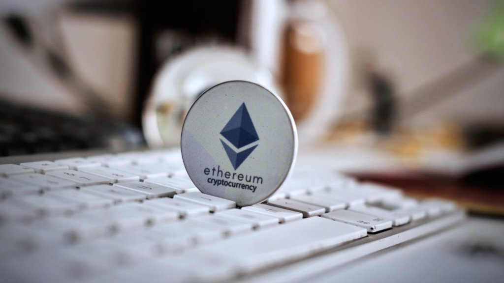 Bitcoin and Altcoin Oracle Analyze Ethereum and Point These Levels!