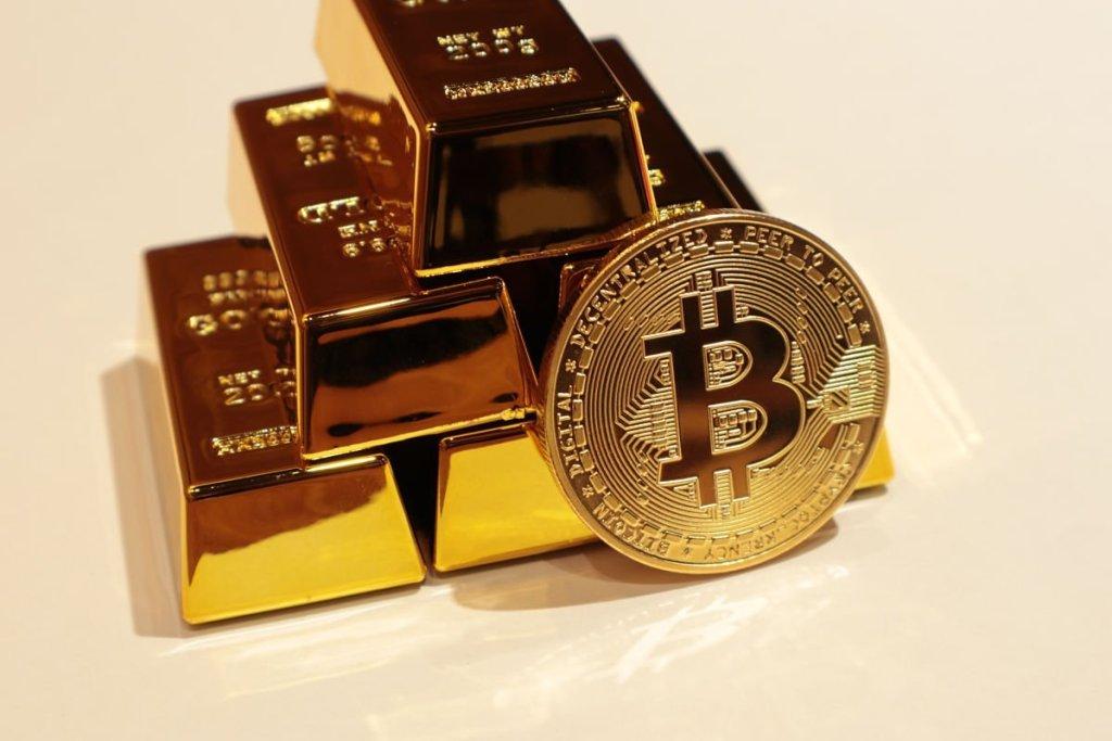 """İşte 10 Bin ve 12 Bin Doları Öngören Analistten """"Sevindiren"""" Altın ve Bitcoin Tahmini"""