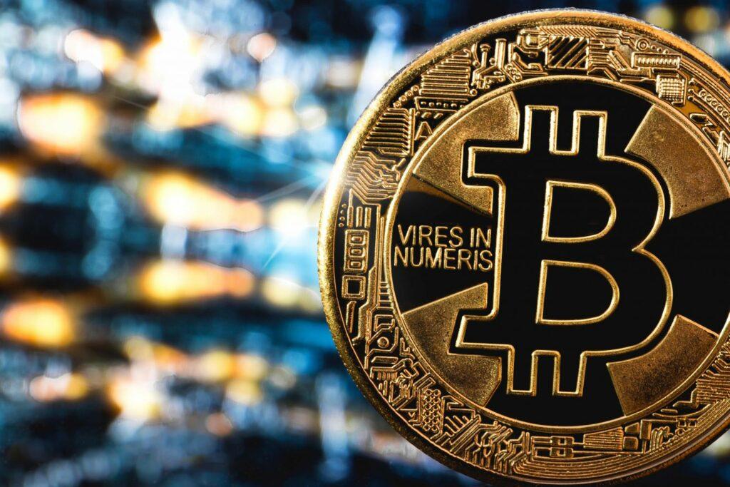 Bitcoin plusi un mīnusi